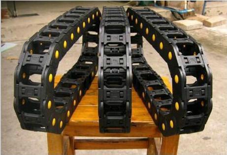 25系列塑料拖链